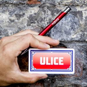 Hodí se do každé ULICE 😉 #serialulice Koupit můžete na www.bonstella.cz #bonstella #serial #merch